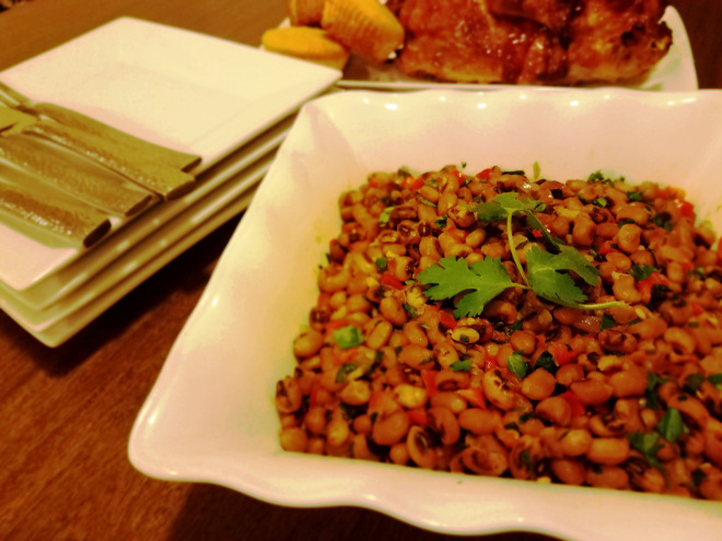 picture of Easy black-eyed peas seasoned with sesame seed oil and butter.